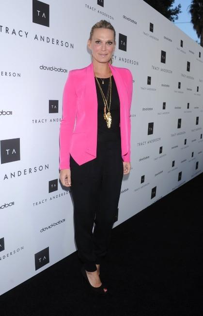 Molly Sims lors de l'inauguration du studio flagship de Tracy Anderson à Brentwood, le 4 avril 2013.