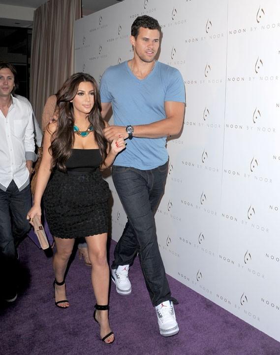 Kim Kardashian et Kris Humphries lors du lancement de la nouvelle collection de la marque NOON BY NOOR à Hollywood, le 20 juillet 2011.