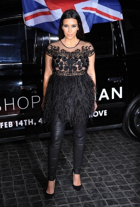 Kim Kardashian à l'inauguration de la boutique Topshop de Los Angeles le 13 février 2013