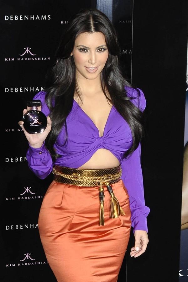 Kim est prête à vous envoûter !