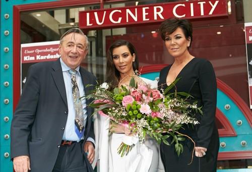 Kim Kardashian et Kris Jenner hier à Vienne