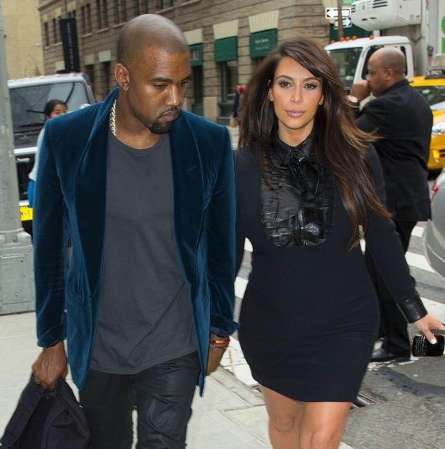 Kim Kardashian et Kanye West en balade dans les rues de New York, le 23 avril 2013.