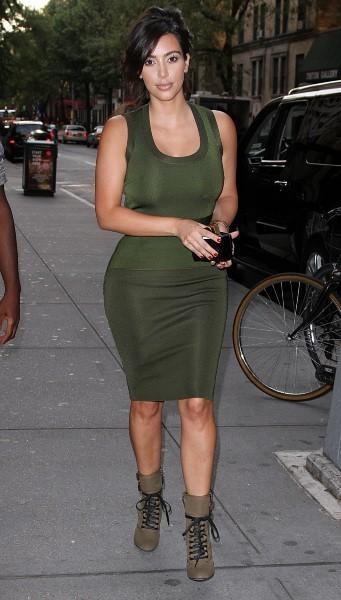 """Kim Kardashian sortant de la comédie musicale """"Fela"""" à New York, le 28 juillet 2012."""
