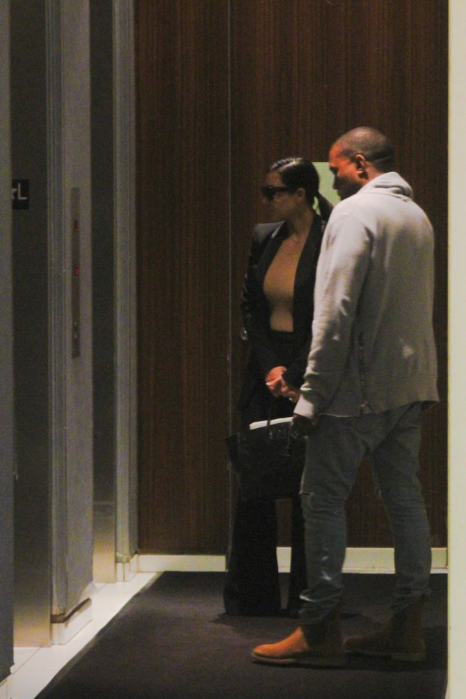 Photos : Kim Kardashian et Kanye West : véritablement mariés ou non, les deux tourtereaux s'affichent plus amoureux que jamais !