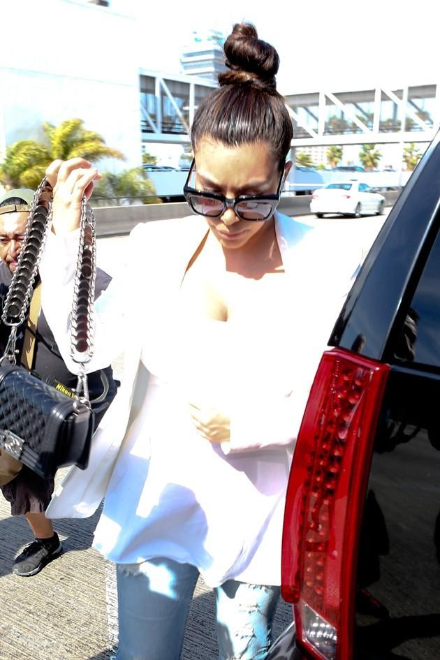 Kim Kardashian à l'aéroport de Los Angeles le 3 mai 2013