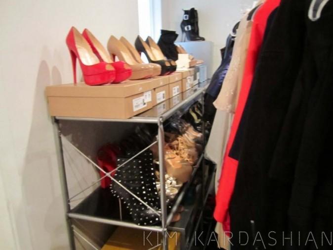 Des chaussures à faire pâlir Paris Hilton !