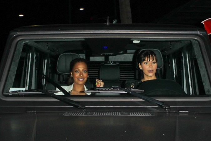 Kim Kardashian avec sa BFF La La Vasquez à Beverly Hills le 19 mars 2013