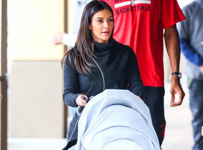 Kim Kardashian : maman sage le jour, bimbo coquine la nuit !
