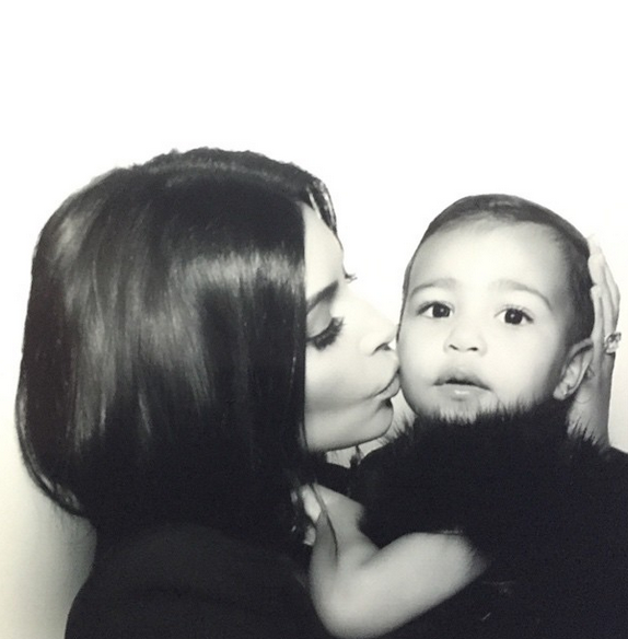 Photos : Kim Kardashian, North et Kanye West : découvrez leurs photos de famille !
