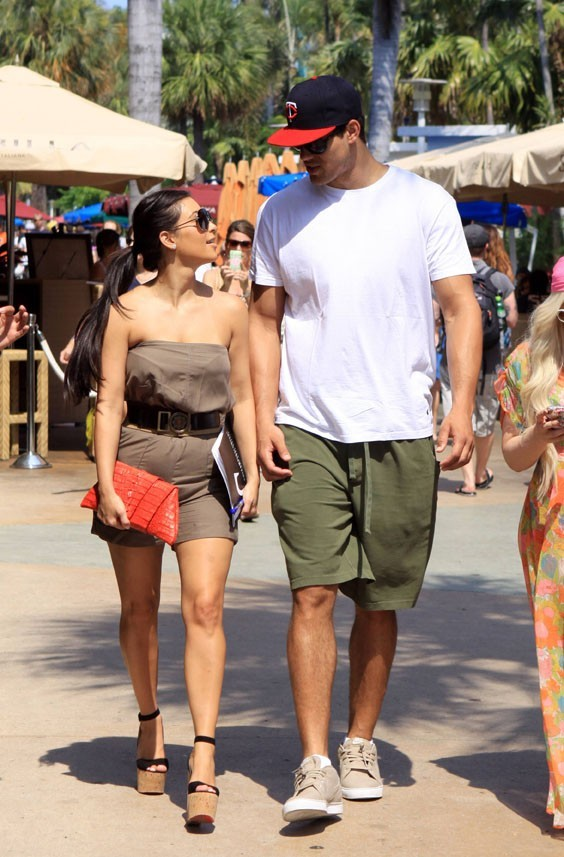 Sexy, enjôleuse...Kim Kardashian ferait tout pour avoir la bague au doigt !