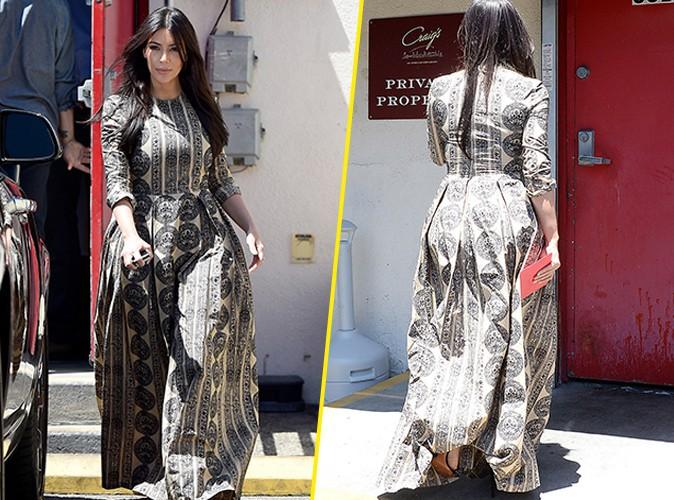Photos : Kim Kardashian : point de décolleté, plus couverte que jamais, madame West dégaine la maxi robe !