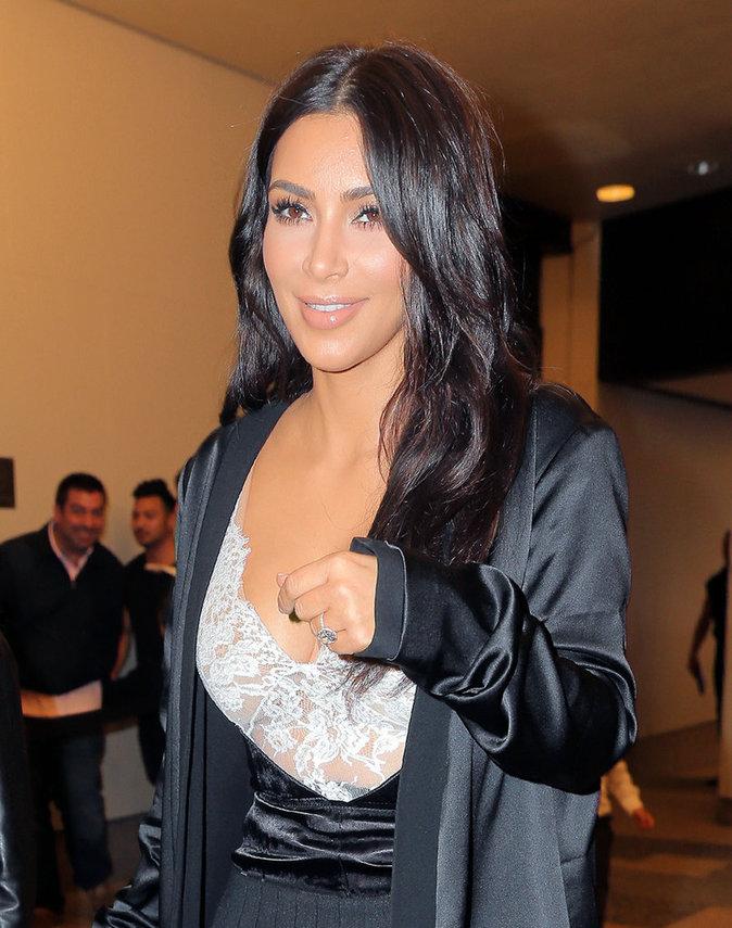 Photos : Kim Kardashian rend hommage à son Pablo sur Instagram...en petite tenue