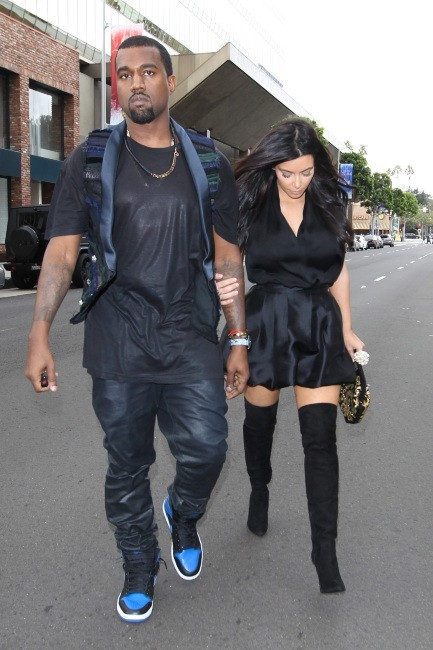 Kanye West et Kim Kardashian à Hollywood, le 23 décembre 2012.
