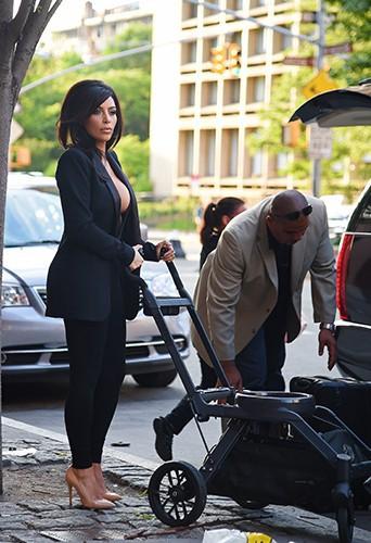 Kim Kardashian à New York le 16 juin 2014