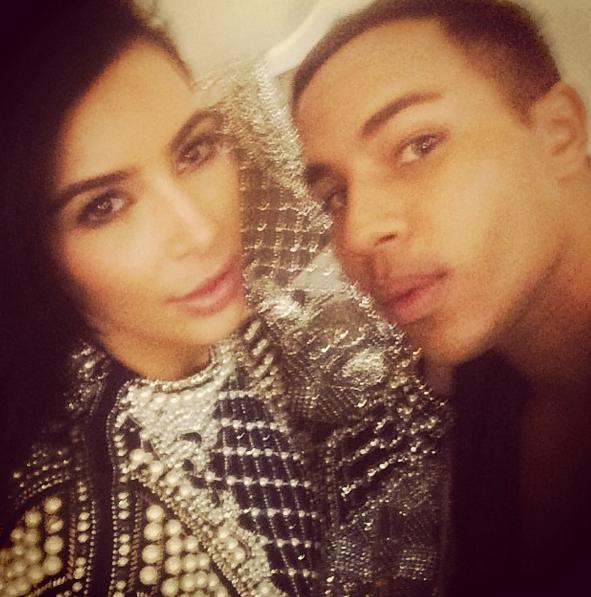 Photos : Kim Kardashian : ultra-complice avec l'homme qui pourrait bien signer sa robe de mariée !