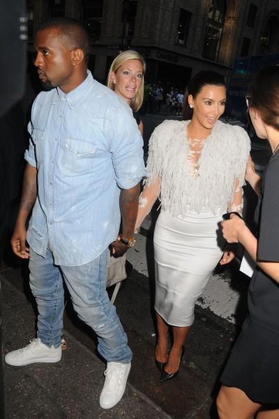 Kim Kardashian et Kanye West lors du défilé Marchesa à New York, le 12 septembre 2012.