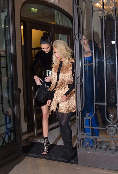 Kim Kardashian, Kendall Jenner et Gigi Hadid avant l'after show Balmain à Paris, le 5 mars 2015 !