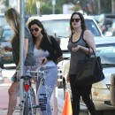 Kim, Kourtney, Khloe Kardashian, Miami, 10 octobre 2012.