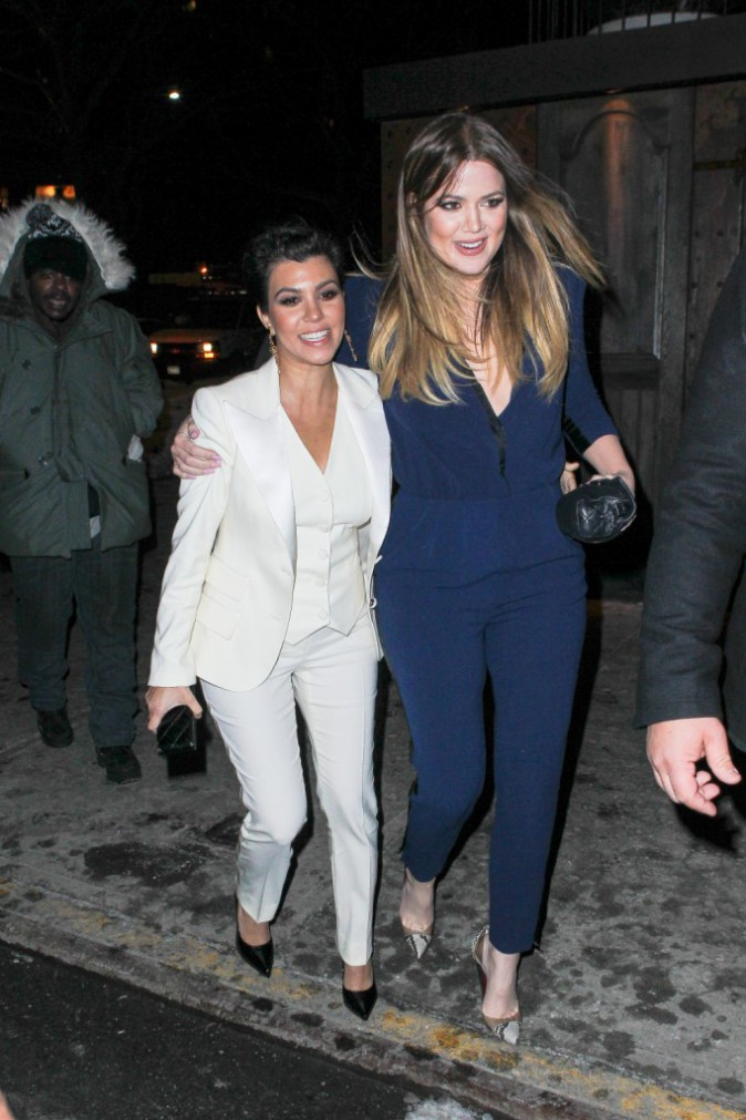 Kourtney et Khloe Kardashian à New York, le 16 février 2014.