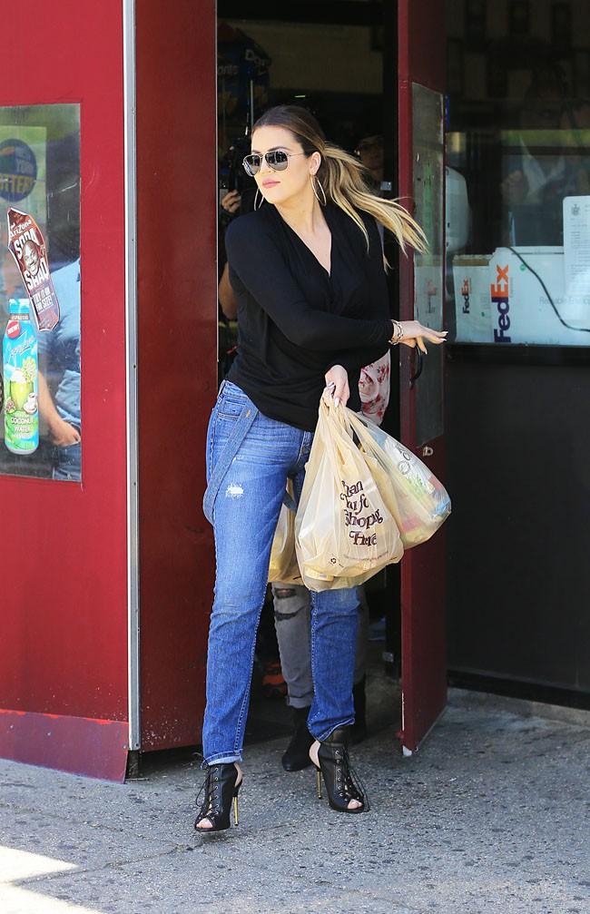 Khloé Kardashian dans les Hamptons le 2 juin 2014