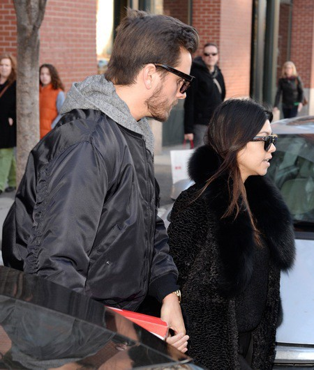 Photos : Kourtney Kardashian : chicissime à souhait aux côtés d'un Scott Disick carrément has-been !