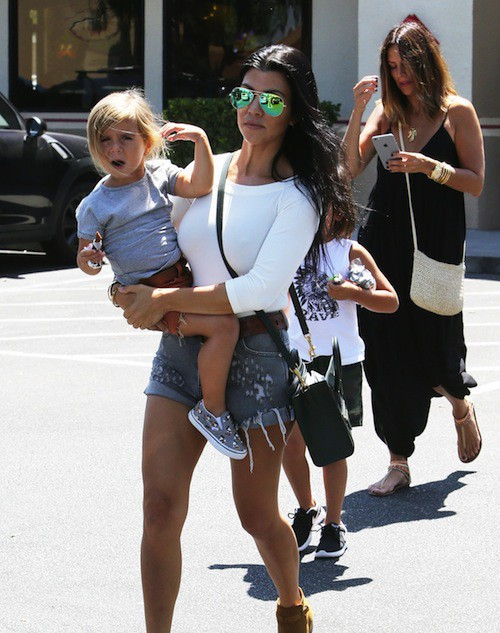 Photos : Kourtney Kardashian de nouveau avec Scott Disick ?