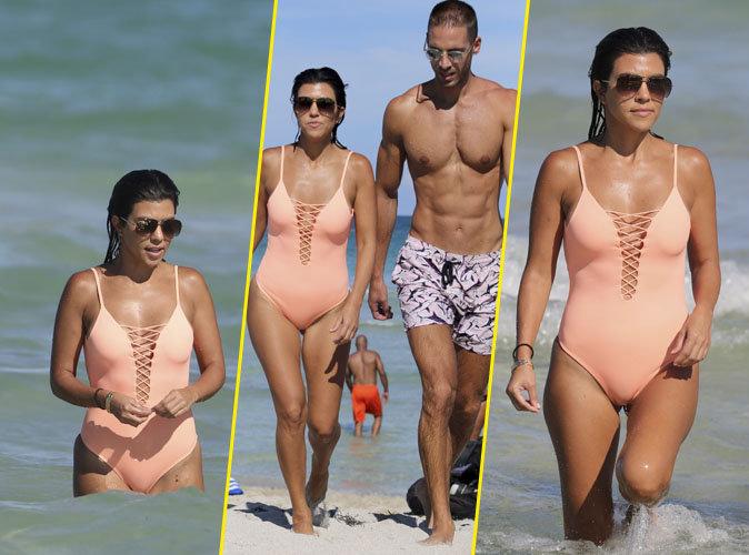 Photos : Kourtney Kardashian : elle affiche son corps de rêve en maillot, en compagnie d'un bel inconnu