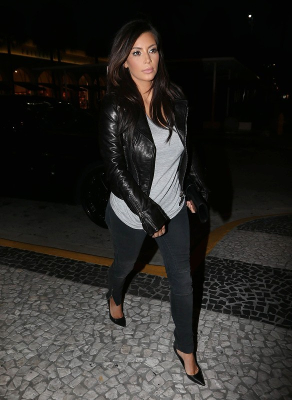 Kim Kardashian, Miami, 14 décembre 2012.