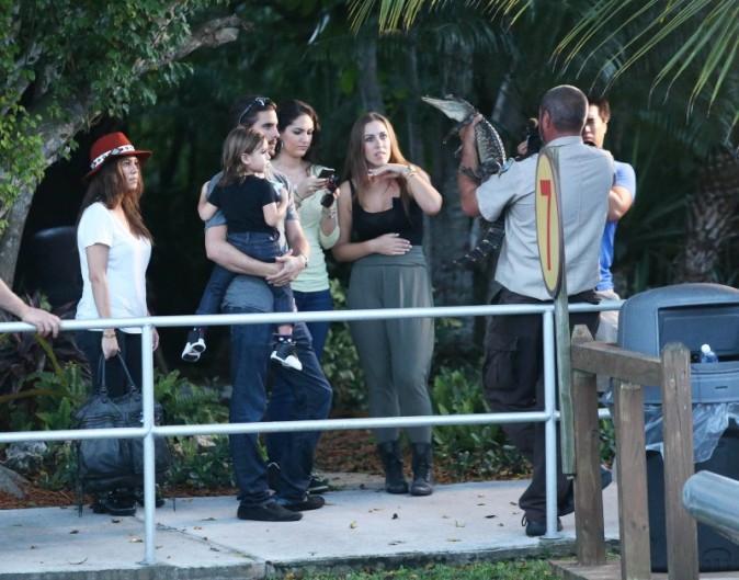 Kourtney Kardashian en famille aux Everglades en Floride, le 11 décembre 2012.