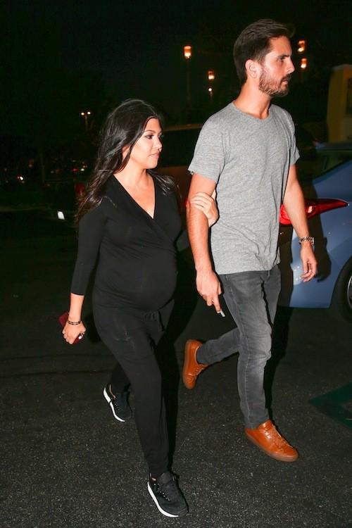 Photos : Kourtney Kardashian enceinte : elle ne se ménage vraiment pas !