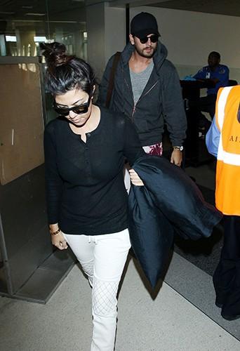 Scott Disick et Kourtney Kardashian à l'aéroport de Los Angeles le 11 mai 2014