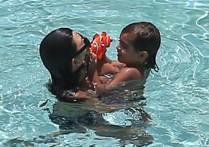 Kourtney Kardashian en famille à Miami, le 22 juillet 2013.