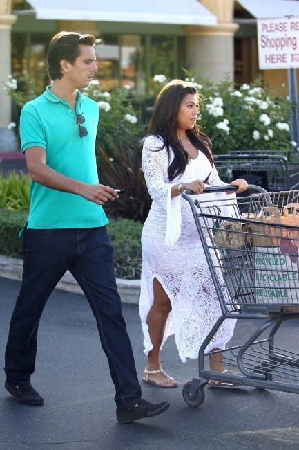Kourtney Kardashian et Scott Disick à Los Angeles, le 19 juin 2012.