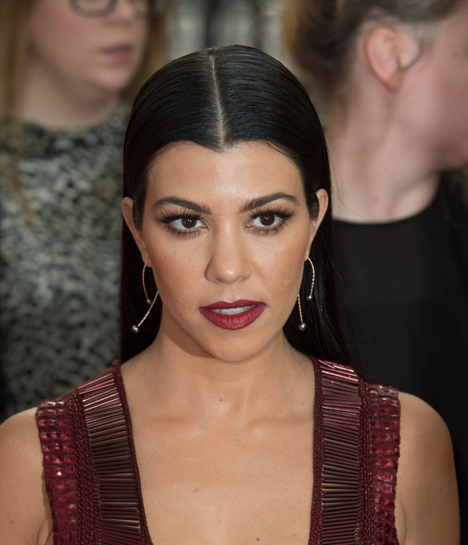 Kourtney Kardashian : son marathon fashion à Londres !