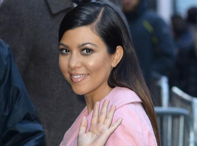 Photos : Kourtney Kardashian : un vrai bonbon qui se fait voler le vedette par Kim en Une de Vogue !