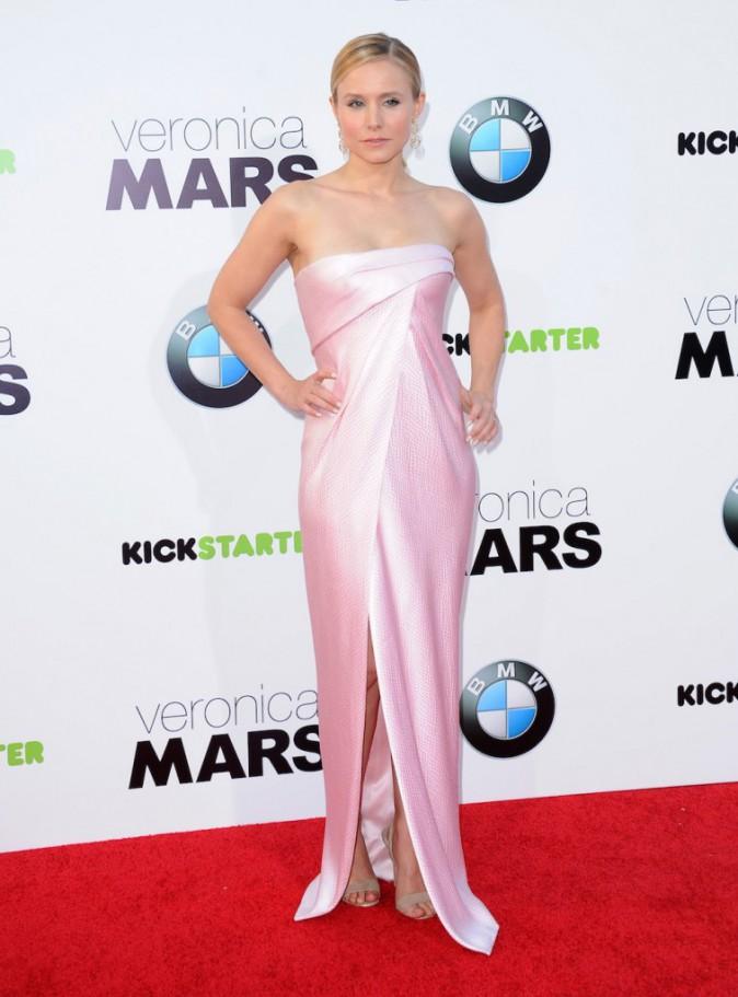 Kristen Bell : chicissime pour la première californienne du film Veronica Mars !