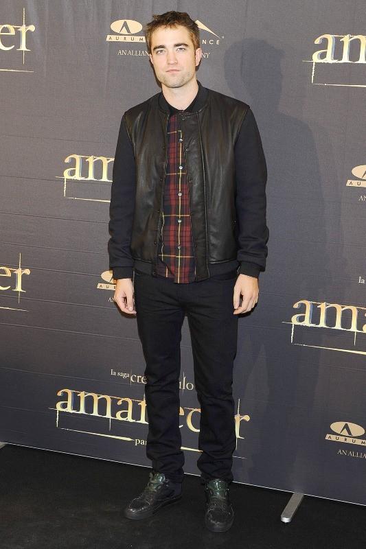Robert Pattinson en promo à Madrid, le 15 novembre 2012.