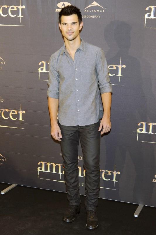 Taylor Lautner en promo à Madrid, le 15 novembre 2012.