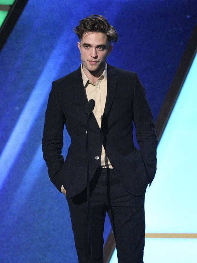 Robert Pattinson à la cérémonie des Hollywood Film Awards le 14 novembre 2014