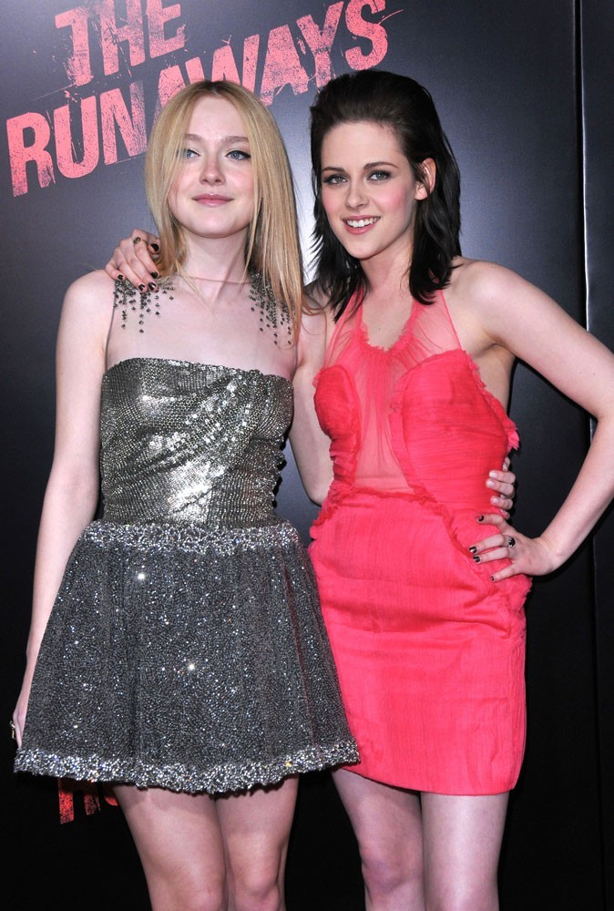 Photos : Kristen Stewart et Dakota Fanning en 2010
