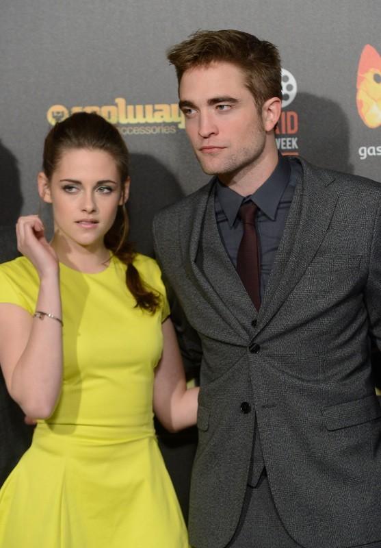 Kristen Stewart et Robert Pattinson lors de l'avant-première de Twilight - Chapitre 5 à Madrid, le 15 novembre 2012.