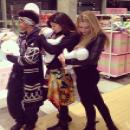 Kylie Jenner avec ses amies le 27 février dernier, à gauche de la photo Willow Smith !