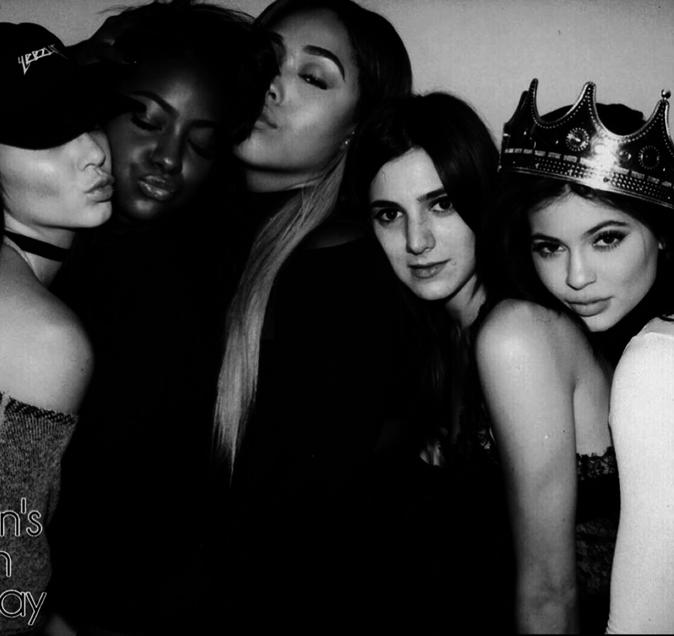 Photos : Kylie Jenner, la reine de la soirée !