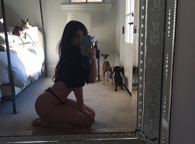 Photos : Kylie Jenner : le selfie hot qu'elle n'assume plus !