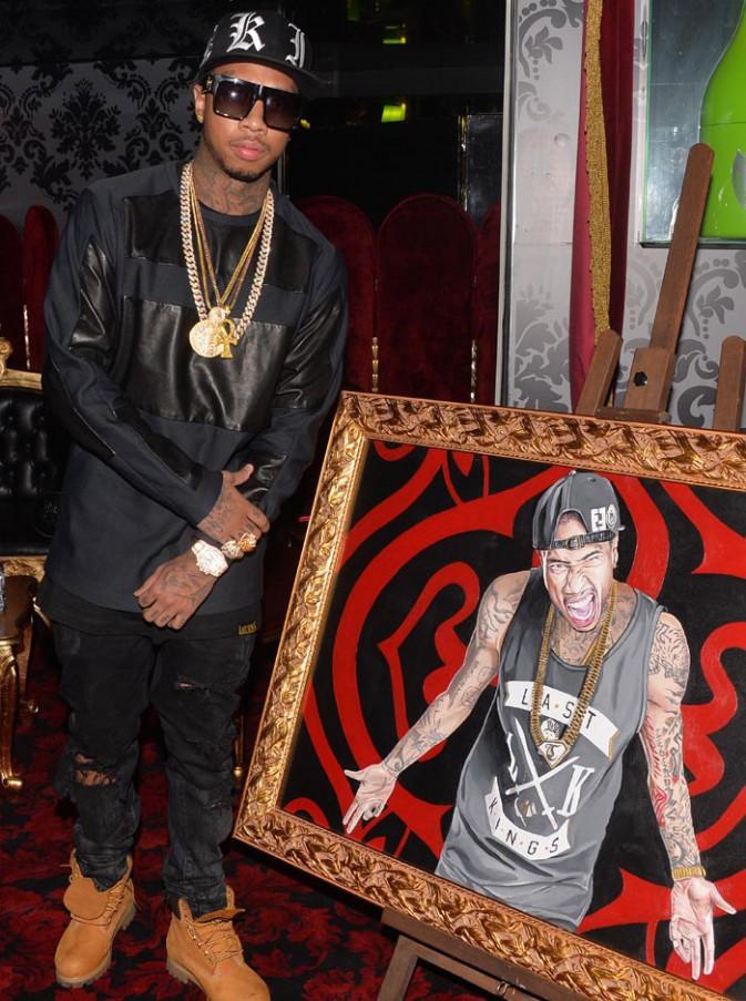 Tyga en showcase au VIP Room de Paris le 25 octobre 2014
