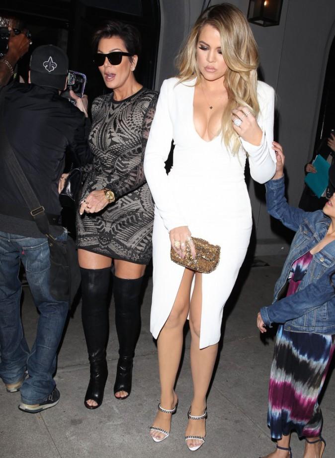 Photos : Kylie Jenner : trop scandaleuse pour diner en famille ? Khloe et Kendall brillent...