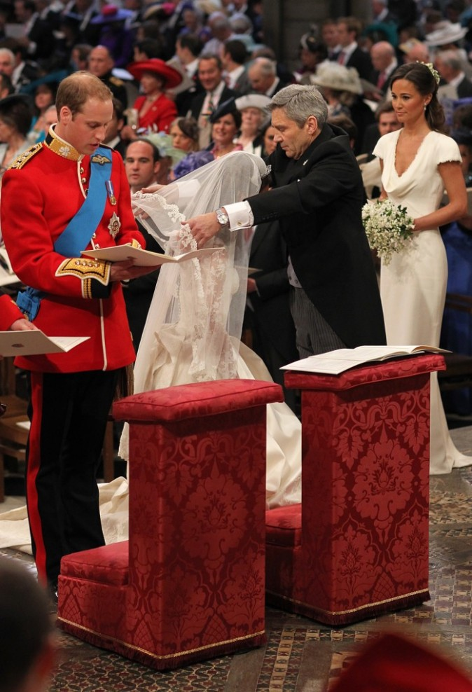 Kate Middleton et le prince William durant leur union à l'Abbaye de Westminster à Londres, le 29 avril 2011.