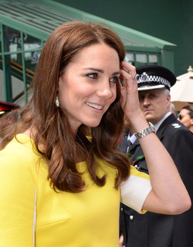 Photos : la fesse cachée de Kate Middleton...