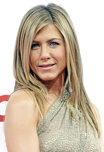 Mère porteuse : Jennifer Aniston y pense...
