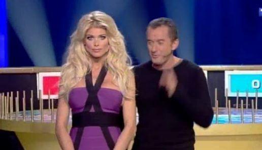 Victoria Silvstedt et Christophe Dechavanne, un duo plutôt comique !